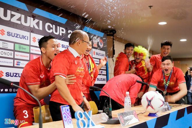 Loạt biệt danh chứng minh đội tuyển Việt Nam là một gia đình-4