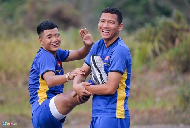 Loạt biệt danh chứng minh đội tuyển Việt Nam là một gia đình-10