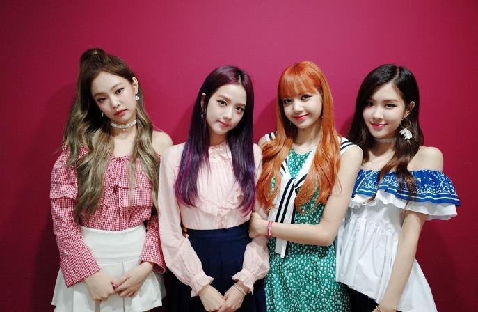 Giải mã điểm chung những MV debut hút view nhất Kpop-1