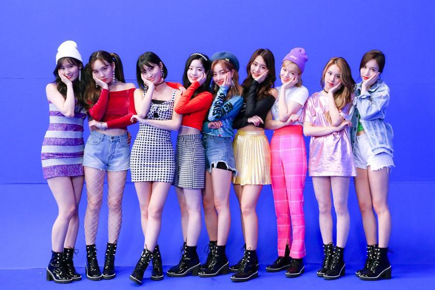 Giải mã điểm chung những MV debut hút view nhất Kpop-2