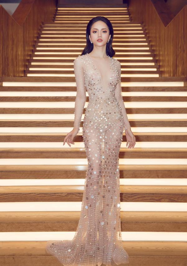 Thoạt qua tưởng nude, Hương Giang gợi nhớ đến hình ảnh xuất sắc thời thi Hoa hậu chuyển giới Quốc tế 2018-7