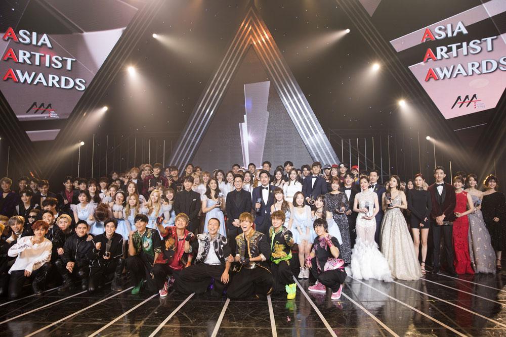 BTS, BLACKPINK cùng dàn sao Hàn cực khủng sẽ tới Hà Nội cuối năm nay-2