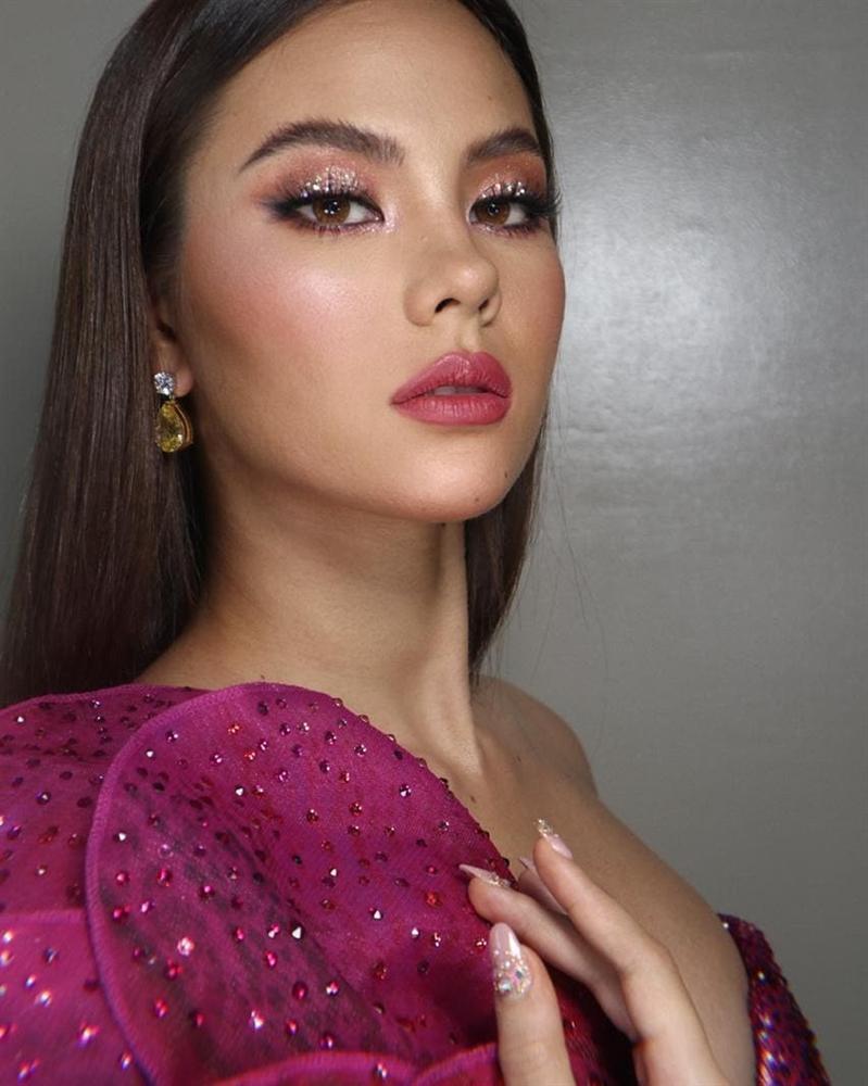 Bản tin Hoa hậu Hoàn vũ 10/6: Đồ nhàu xuất sắc giúp Trương Thị May chặt đẹp mỹ nữ mặc cũng như không-9