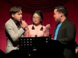 Quang Lê hát 'Con đường xưa em đi' cùng Phương Mỹ Chi và con nuôi mới