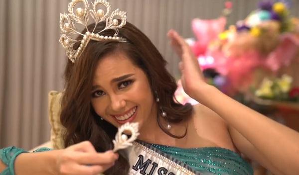 Hoa hậu Hoàn vũ đội vương miện fake, bị nghi đã làm hỏng vĩnh viễn tuyệt phẩm Mikimoto 6 tỷ đồng-6