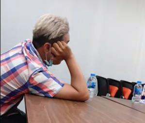 Giang Ơi, Vũ Dino rơi điện thoại trên taxi, bị tài xế lên mạng đe dọa-2