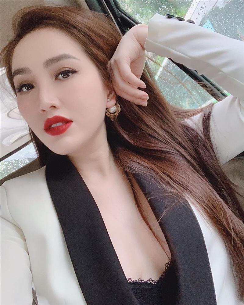 Sau ồn ào ly hôn Tim, bỗng nhiên Trương Quỳnh Anh bất ngờ thú nhận mê gái-2