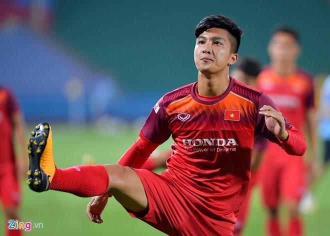 Fan nữ khen dàn cầu thủ Việt kiều toàn soái ca-2