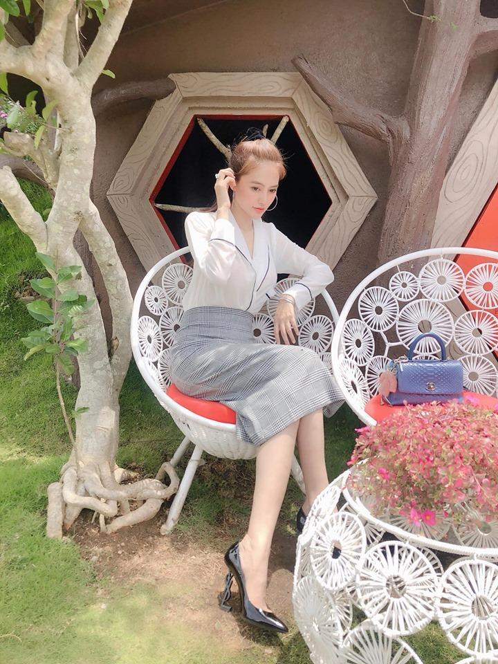 Những phát ngôn shock tận óc, nói 1 xiên xỏ 10 của người mẫu Linh Chi-6