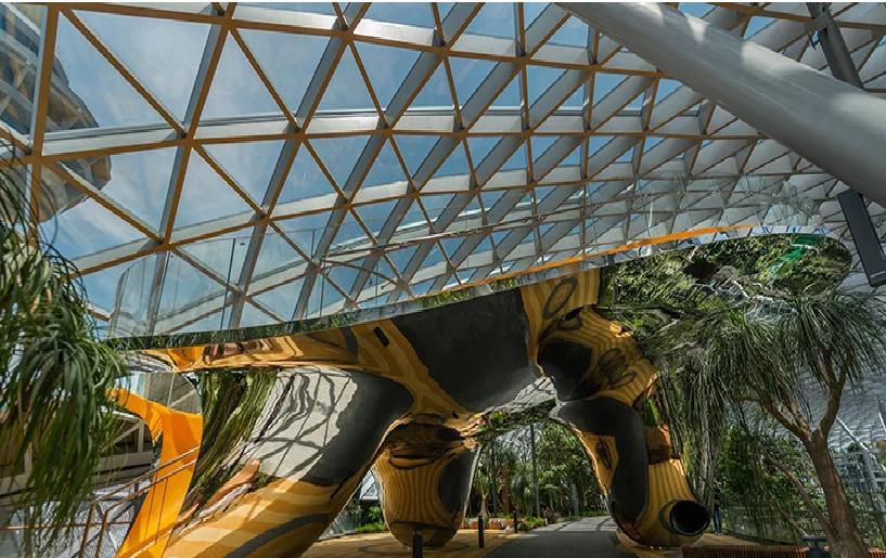 Quá đẹp và hoành tráng, sân bay Singapore khiến Hoàng tử sơn ca Quang Vinh phải thốt lên kinh ngạc-6