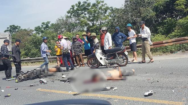 Va chạm với xe tải ngã xuống đường, 2 người bị ô tô cán tử vong thi thể không còn nguyên vẹn-1