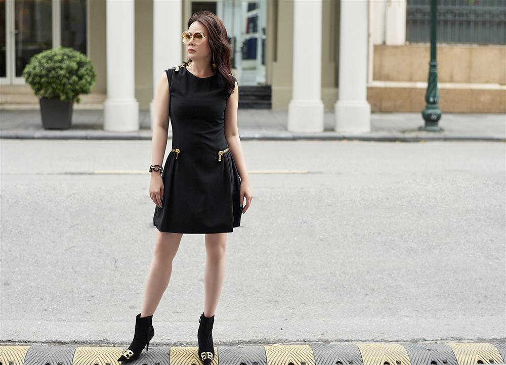 U50 trông sẽ chỉ như tuổi băm nếu áp dụng bí quyết thời trang của Mrs Vietnam 2018 Trần Hiền-5