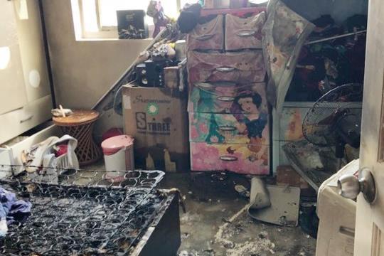Cháy chung cư ở trung tâm Sài Gòn, cư dân hoảng hốt tháo chạy-1