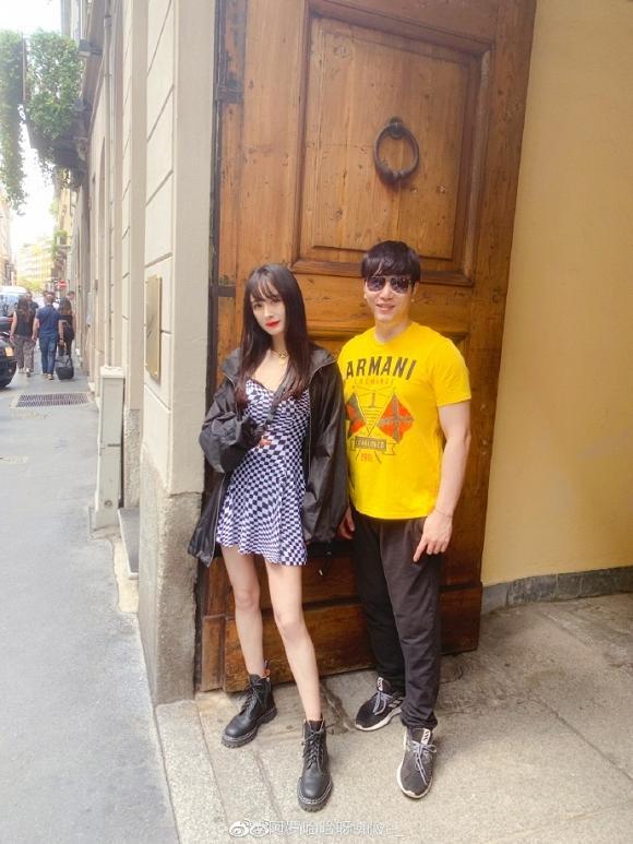 Fan đứng hình không nhận ra Dương Mịch khi cô đổi kiểu tóc, xuất hiện với style cực ngầu tại Milan-4