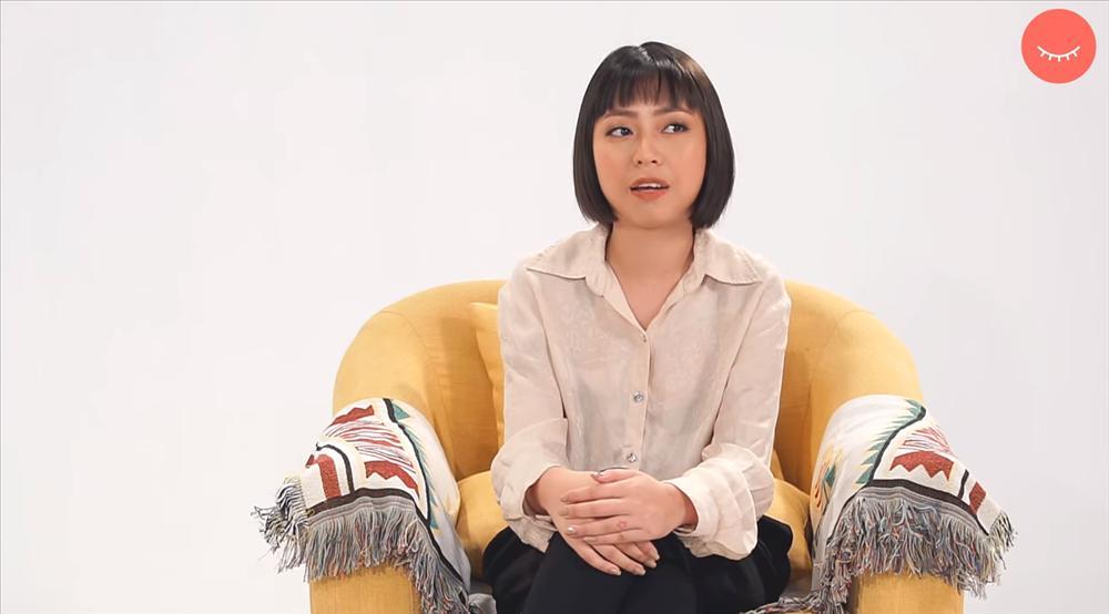 Tham gia show tìm kiếm bạn trai, cô gái nói chuyện tiếng Việt đá tiếng Anh khiến người nghe nhức đầu xoắn não-1