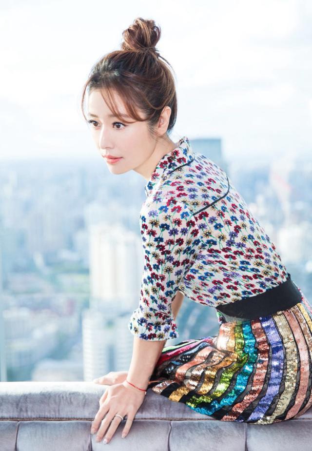 Bắt ngay trend tóc ngang vai nhưng ngoại hình Tâm Như không có sự đột phá như chị em showbiz-6
