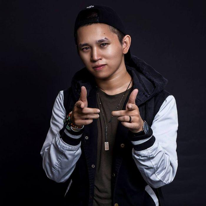 Nam rapper Việt tự cho mình quyền chửi BTS: Chẳng có lý nào tôi không được chửi idol các bạn, lêu lêu-7