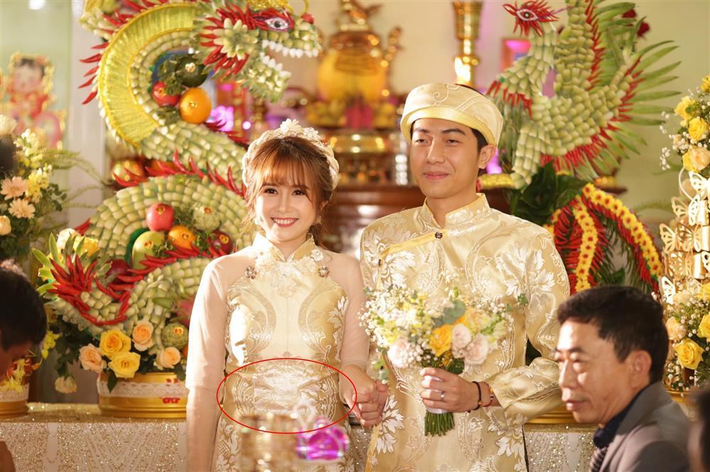 Mặc áo dài mà mất hết cả eo thon, hotgirl Mai Quỳnh Anh bị đặt dấu hỏi dâng cả trâu lẫn nghé cho Cris Phan-1