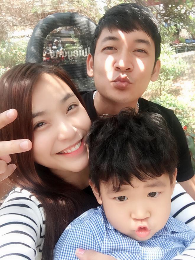 Gạt rào cản huyết thống, những sao Việt này gây bất ngờ vì yêu thương con riêng như con đẻ-6
