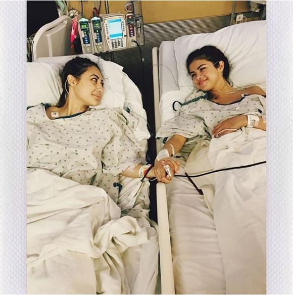 Selena Gomez lộ cằm xệ, bụng to bất thường nhưng nguyên nhân thật sự đằng sau khiến ai cũng đều phải lặng người-6