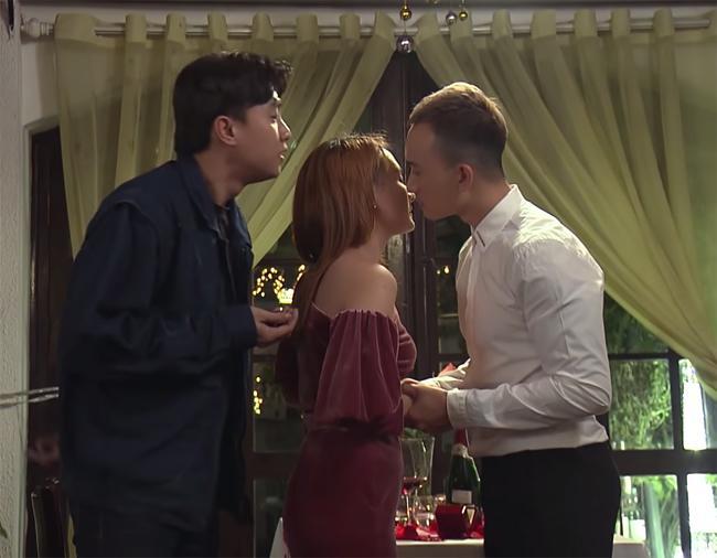 3 người đẹp sexy có nụ hôn bạo liệt gây xôn xao giờ vàng phim Việt-10
