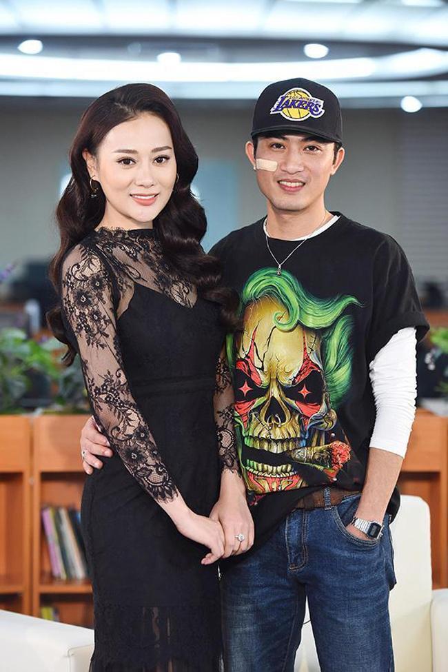 3 người đẹp sexy có nụ hôn bạo liệt gây xôn xao giờ vàng phim Việt-18