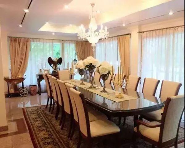 Cưới về mới biết chồng là tỷ phú giàu nhất Dubai, Lọ Lem U60 bây giờ sống ra sao?-8