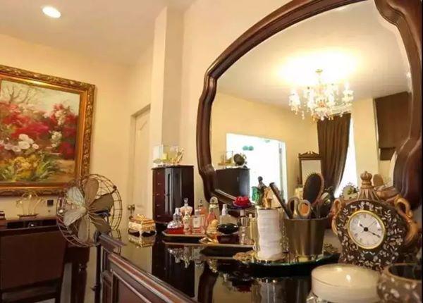 Cưới về mới biết chồng là tỷ phú giàu nhất Dubai, Lọ Lem U60 bây giờ sống ra sao?-9