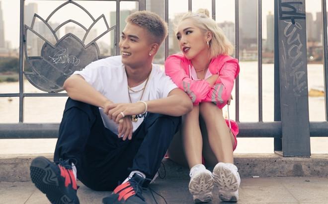 Câu lạc bộ MV Vpop trăm triệu view kết nạp thêm thành viên mới: cặp vợ chồng trẻ công khai tình cảm khi đã có con-2