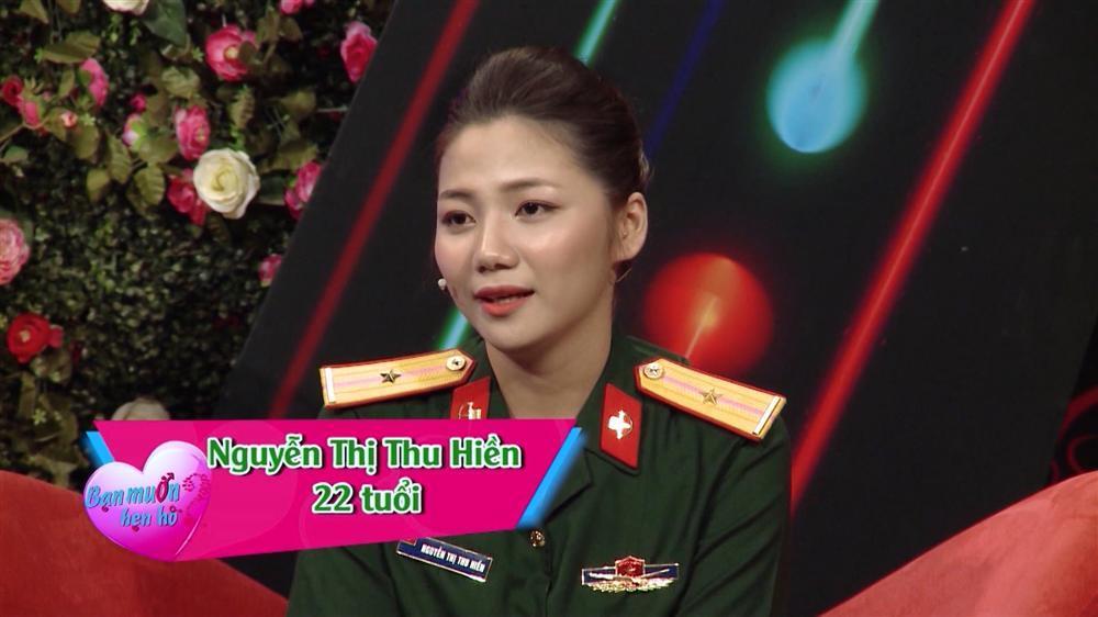 Nữ quân nhân xinh như mộng của Bạn muốn hẹn hò: Ảnh ngoài đời còn xinh gấp 10 lần trên trường quay-1