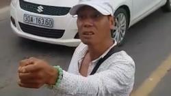 Clip: Thanh niên 'hổ báo' cầm hung khí chặn đầu xe bus trên cầu Chương Dương đòi 'xử' tài xế