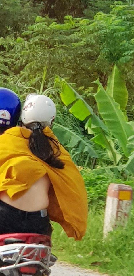 Chỉ trong một tuần, giới trẻ Việt sốc tận óc trước 4 vụ gái xinh hết cởi sạch khoe thân đến ăn mặc hở hang ra phố-1