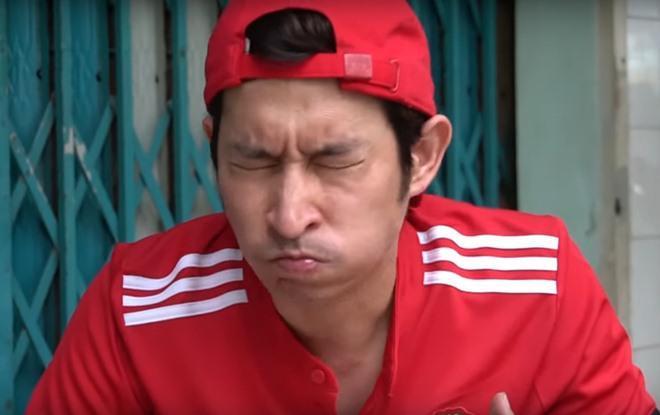Vợ chồng Huy Khánh thách nhau đi ăn đậu phụ thối nhưng tội nghiệp nhất là... anh quay phim-11