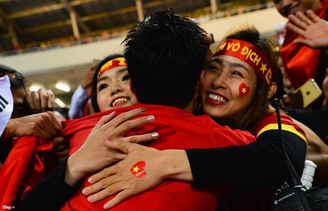 Những mối tình lâu năm khiến nhiều người ngưỡng mộ của tuyển thủ Việt-6