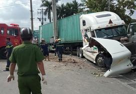 Tạm giữ tài xế container lấn làn tông ôtô khiến 5 người tử vong