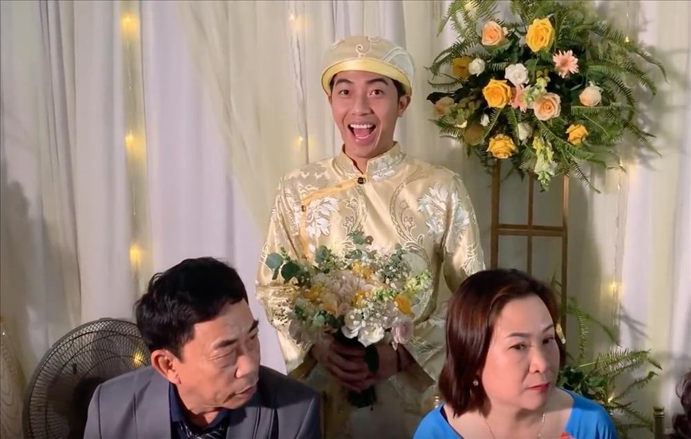 Thánh cơ hội Cris Phan mải mê đám cưới vẫn không quên làm Vê lốc nhưng bất ngờ nhất là lượt người xem thu về-5
