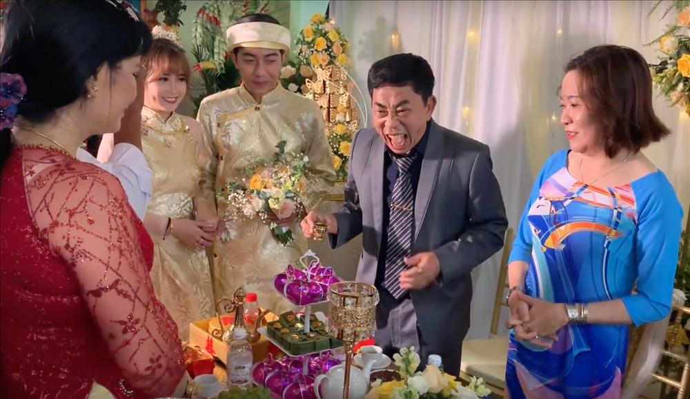 Thánh cơ hội Cris Phan mải mê đám cưới vẫn không quên làm Vê lốc nhưng bất ngờ nhất là lượt người xem thu về-6