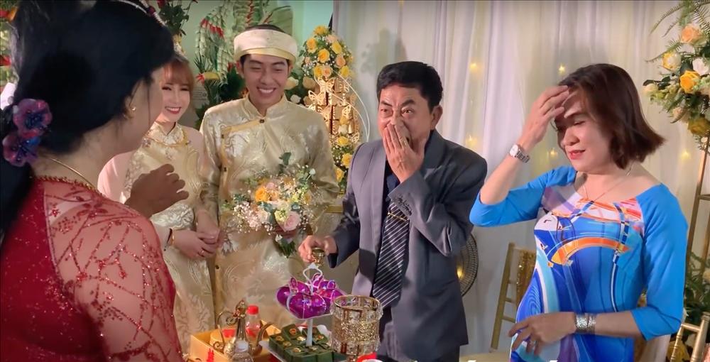 Thánh cơ hội Cris Phan mải mê đám cưới vẫn không quên làm Vê lốc nhưng bất ngờ nhất là lượt người xem thu về-7