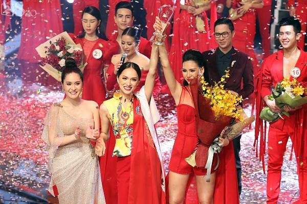 Phản ứng cực nhanh mỗi lần bị chê kém nghề, Hương Giang được mệnh danh mỹ nhân đuổi scandal giỏi nhất showbiz Việt-4