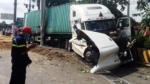 Tài xế gây tai nạn làm 5 người chết ở Tây Ninh khai do buồn ngủ-1