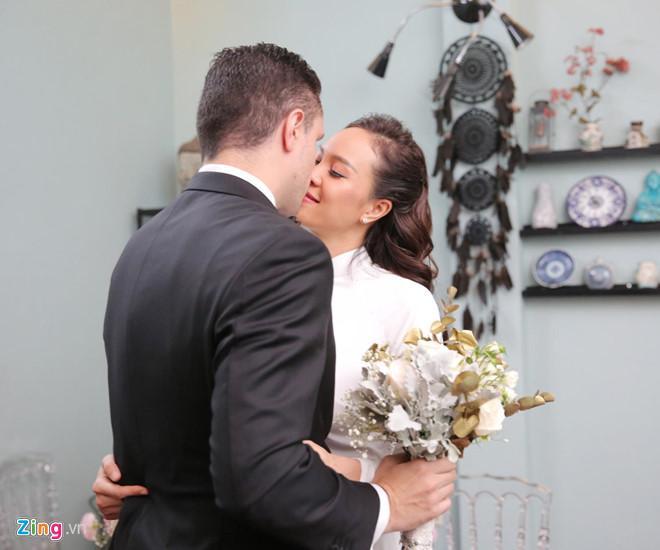 Người mẫu Phương Mai bật khóc trong lễ rước dâu-5