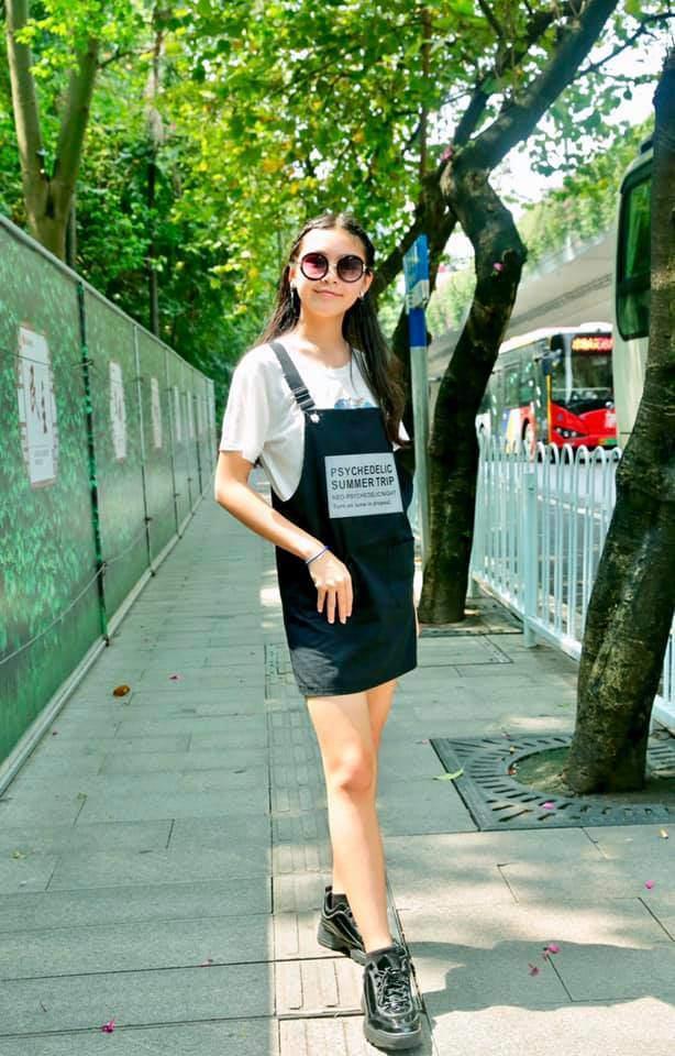 Cao như Hoa hậu, hai con gái của Quyền Linh còn có gout ăn mặc đồng điệu-4