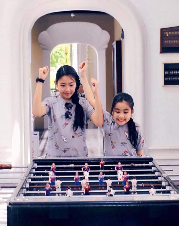 Cao như Hoa hậu, hai con gái của Quyền Linh còn có gout ăn mặc đồng điệu-14