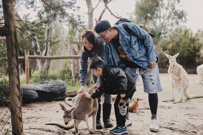 Quá nhi, cô cô Phạm Văn Phương - Lý Minh Thuận du lịch ở Australia-5