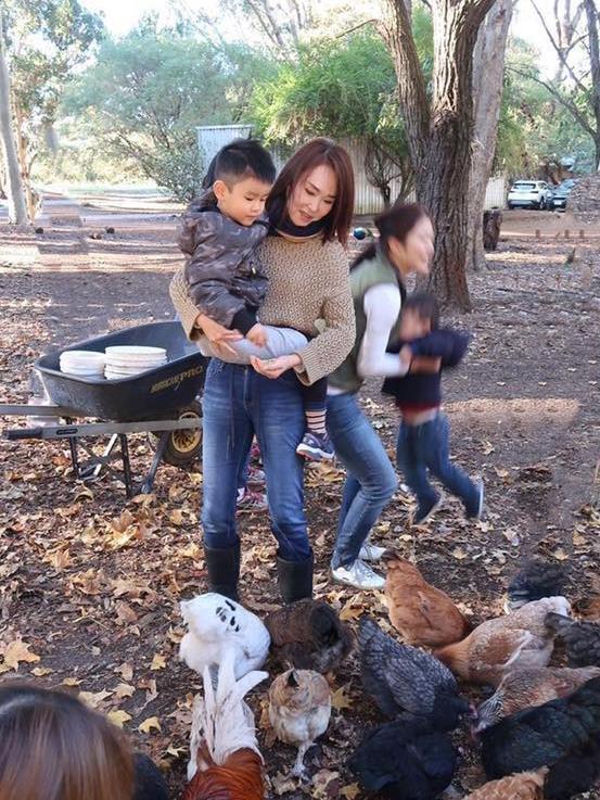 Quá nhi, cô cô Phạm Văn Phương - Lý Minh Thuận du lịch ở Australia-6