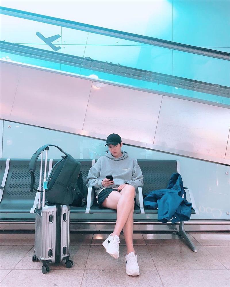 Ngoài Lee Min Ho, Kbiz còn đầy rẫy mỹ nam sở hữu đôi chân cực phẩm, đến phái đẹp cũng phải ghen tị-1