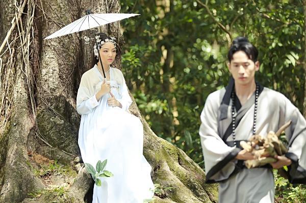 Mặc tranh cãi, người tình của Hari Won bất ngờ tung phim ngắn Độ ta không độ nàng-4