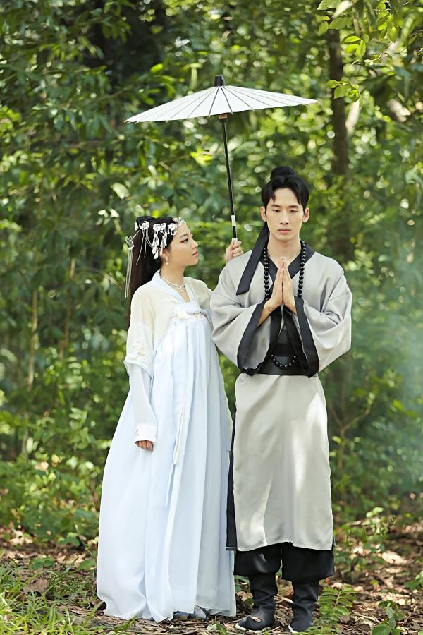 Mặc tranh cãi, người tình của Hari Won bất ngờ tung phim ngắn Độ ta không độ nàng-6