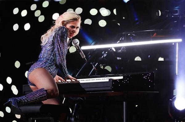 Khán giả lo Lady Gaga hết thời nếu tiếp tục diễn ở Las Vegas-1