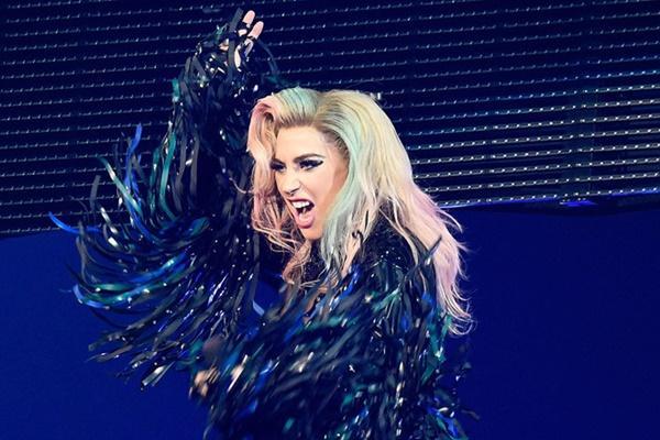 Khán giả lo Lady Gaga hết thời nếu tiếp tục diễn ở Las Vegas-2